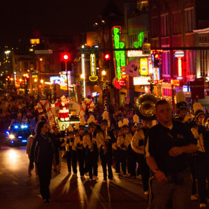christmas_parade_2012-50_crop